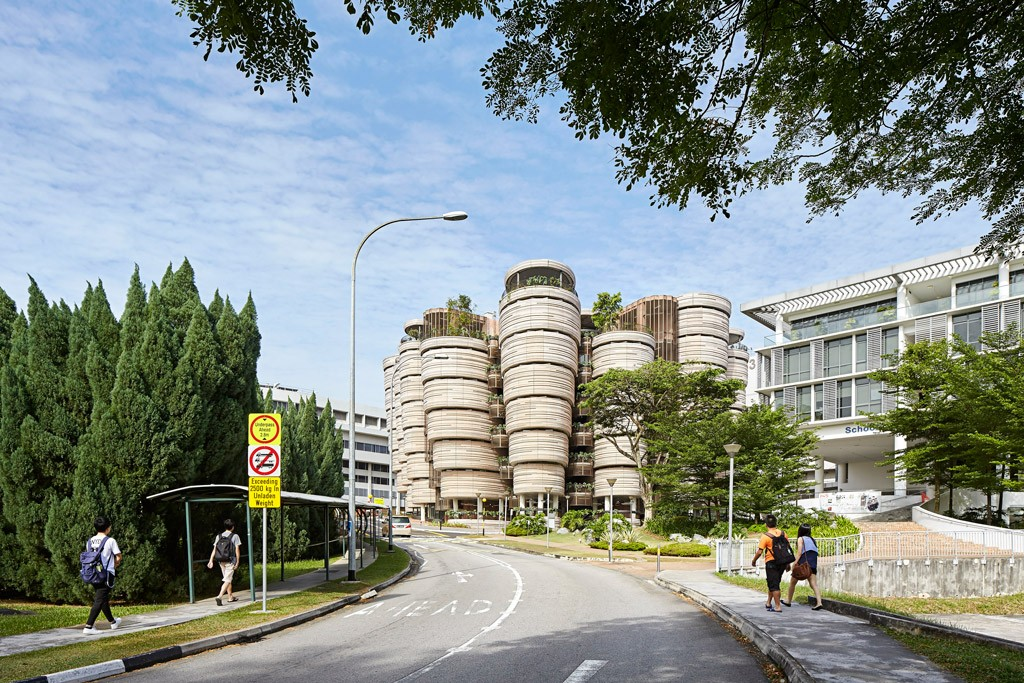 666_01_Learning-Hub_Access-view-of-the-Learning-Hub-from-Nanyang-Drive_CREDIT_Hufton-and-Crow
