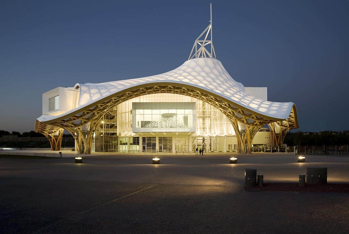Centre pompidou metz a balance between the extreme and for Metz architects
