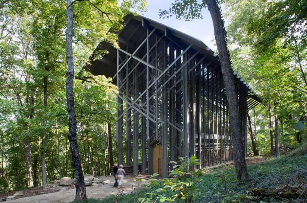 Thorncrown chapel euine fay jones 39 legacy at eureka for E fay jones architecture