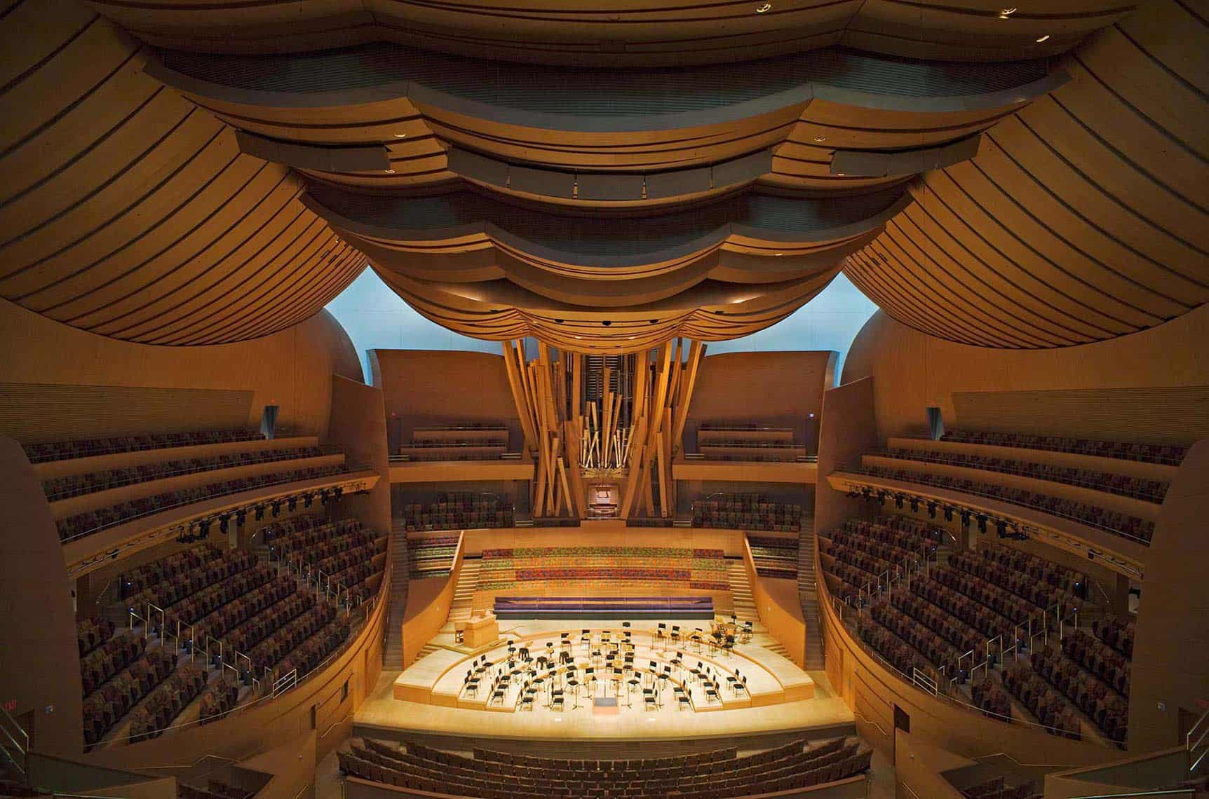 walt disney concert hall Walt disney horrible - a bad experience for all – walt disney hall will never have my support again yes it is very necessary to let other parents know these things.