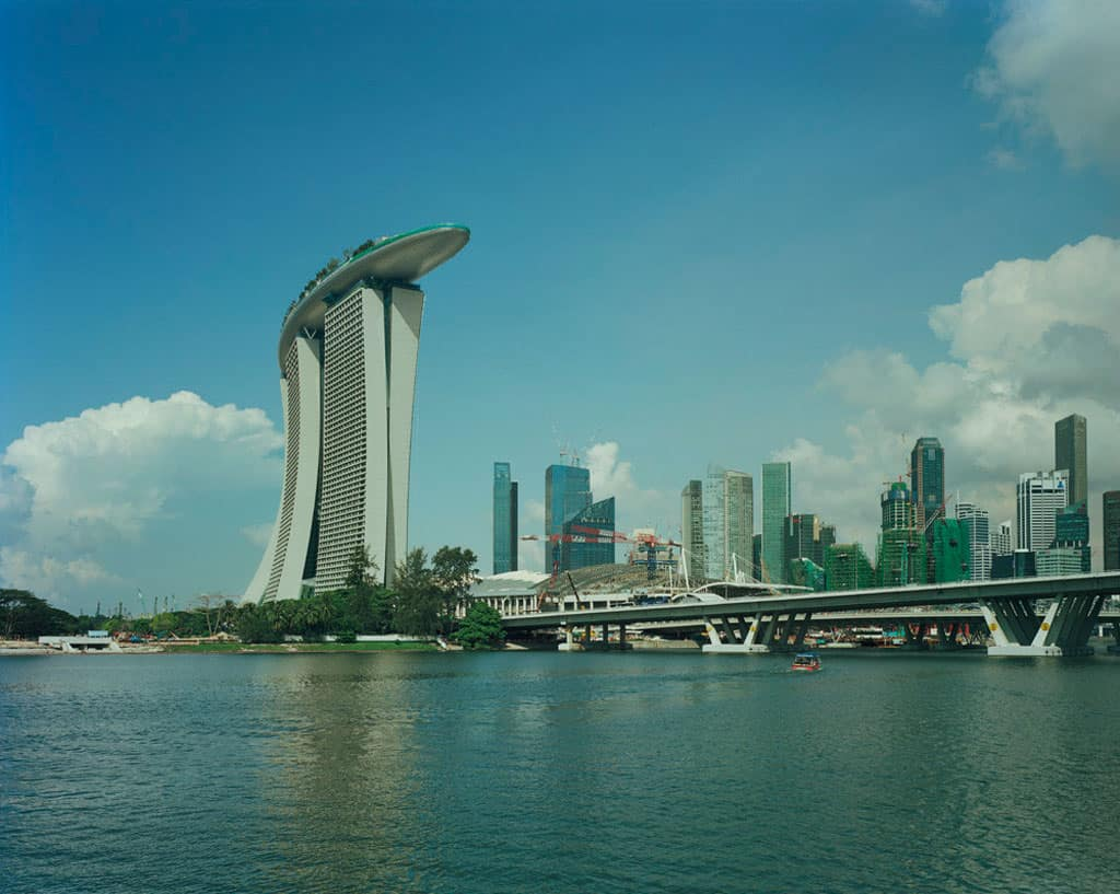 Marina bay sands singapore 39 s ultimate resort destination by moshe safdie archute - Bay architecture ...