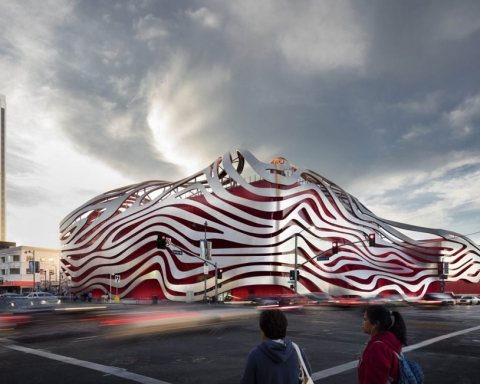 Petersens automotive museum by Kohn Pedersen Fox 10