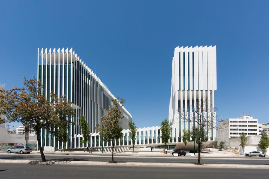 EDP Headquarters in Portugal by Aires Mateus: Vertical Geometry
